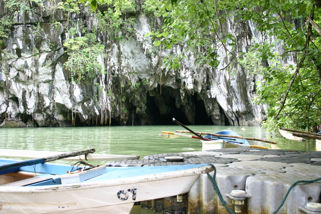 Entry to the underground river
